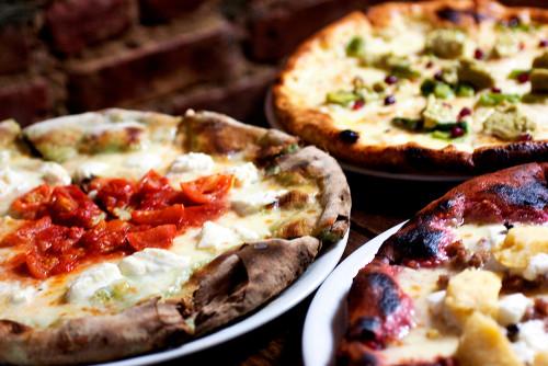 colorful pizzas @ via della pace